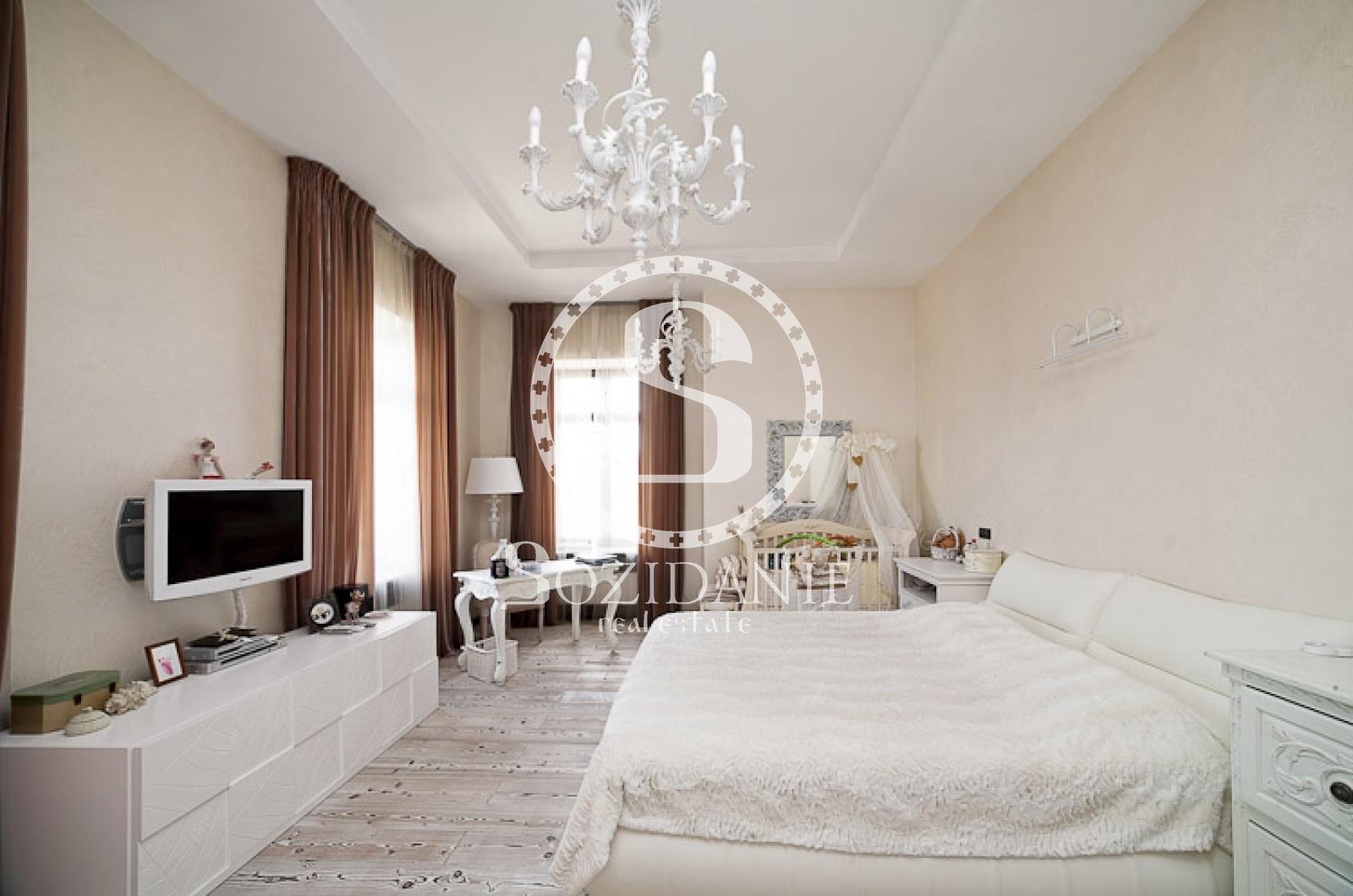 4 Bedrooms, Загородная, Продажа, Listing ID 1082, Московская область, Россия,