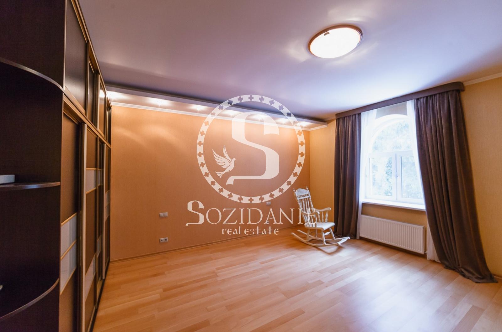 4 Bedrooms, Загородная, Аренда, Listing ID 1102, Московская область, Россия,
