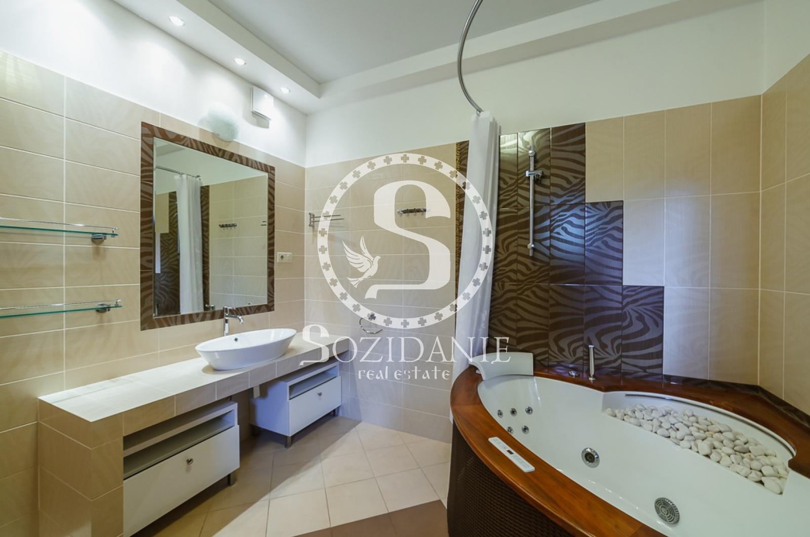 5 Bedrooms, Загородная, Аренда, Listing ID 1116, Московская область, Россия,