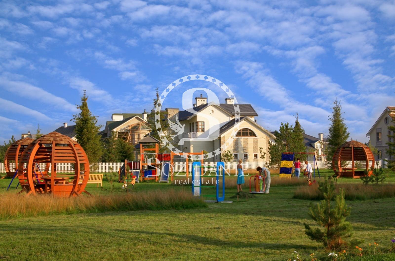 4 Bedrooms, Загородная, Аренда, Listing ID 1141, Московская область, Россия,