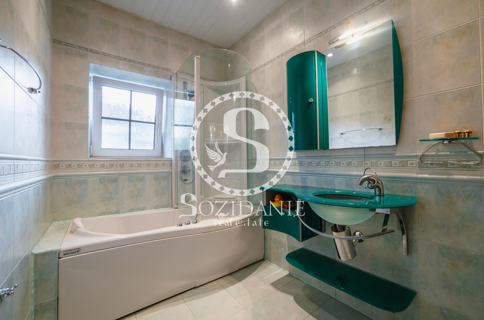 5 Bedrooms, Загородная, Продажа, Listing ID 3476, Московская область, Россия,