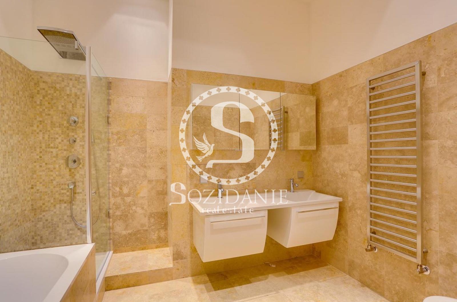 6 Комнаты, Городская, Продажа, Бутиковский переулок, Listing ID 3481, Москва, Россия,