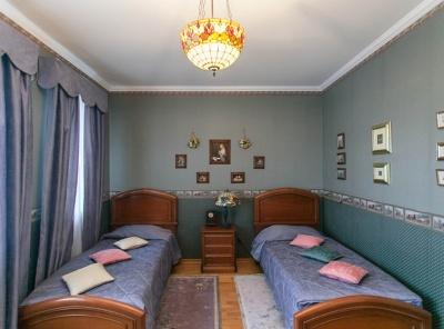 8 Комнаты, Городская, Продажа, Улица Нежинская, Listing ID 3718, Москва, Россия,