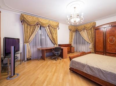 4 Комнаты, Городская, Продажа, Улица Мосфильмовская, Listing ID 3923, Москва, Россия,