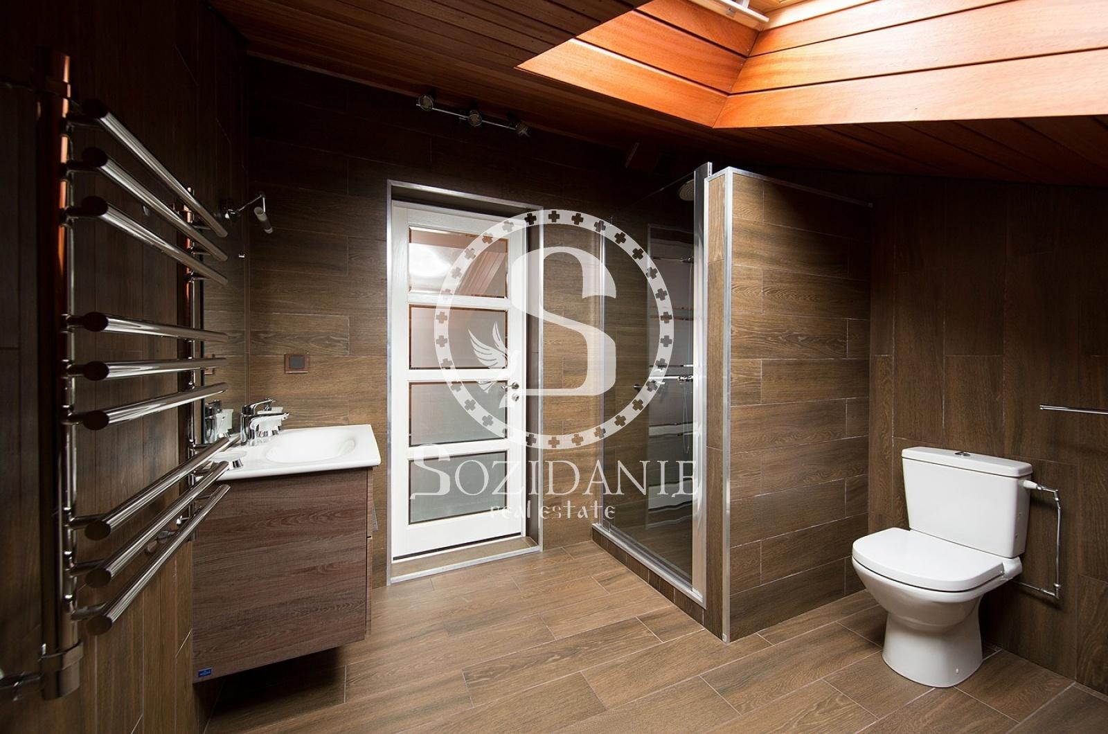 4 Bedrooms, Загородная, Аренда, Listing ID 4026, Московская область, Россия,