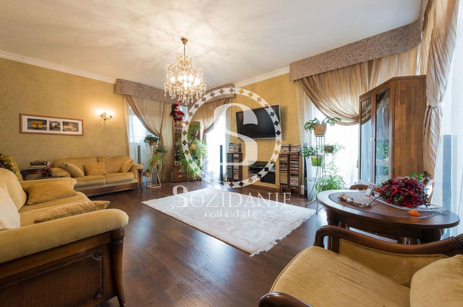 4 Bedrooms, Загородная, Продажа, Listing ID 4098, Московская область, Россия,