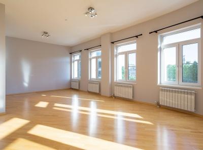 7 Комнаты, Городская, Аренда, Цветной бульвар, Listing ID 4391, Москва, Россия,