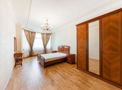 4 Комнаты, Городская, Аренда,  Ломоносовский проспект, Listing ID 4620, Москва, Россия,