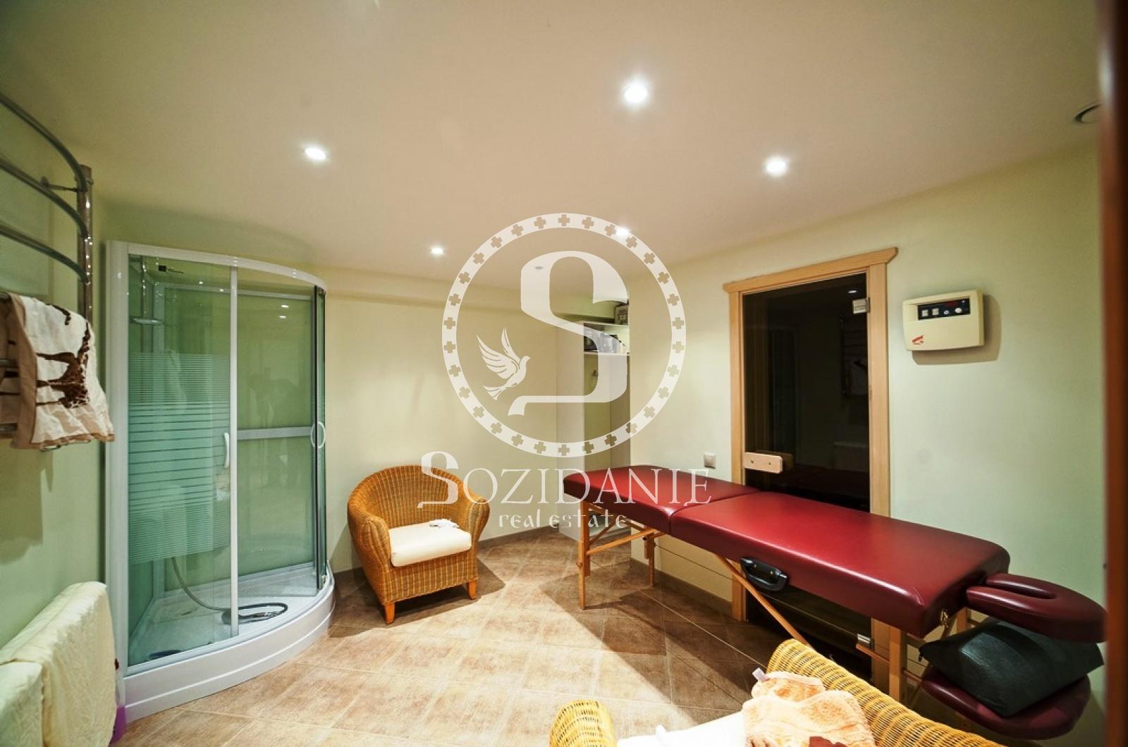 5 Bedrooms, Загородная, Продажа, Listing ID 1343, Московская область, Россия,