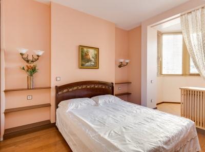 3 Комнаты, Городская, Аренда, Ломоносовский проспект, Listing ID 4634, Москва, Россия,