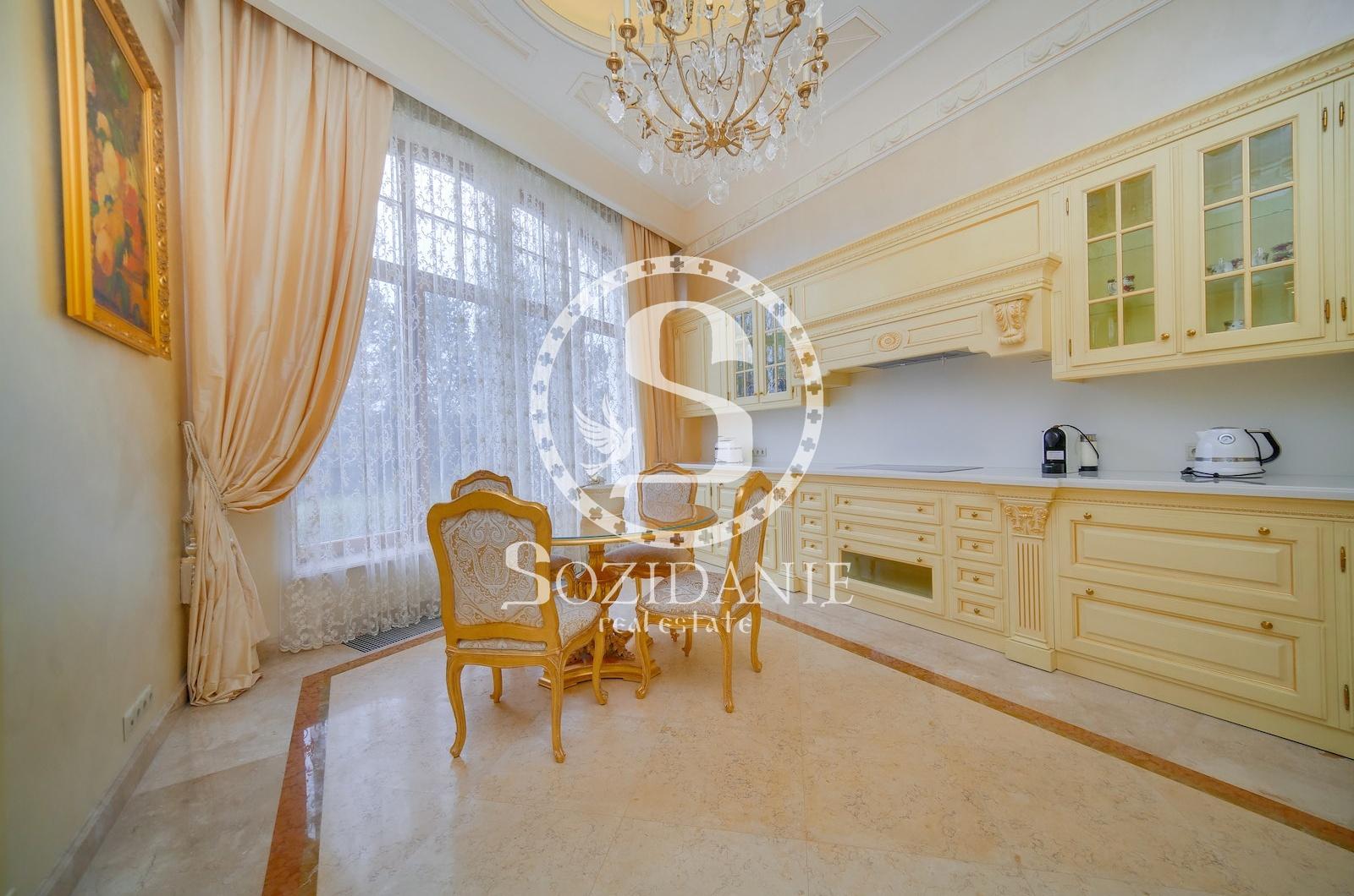 6 Bedrooms, Загородная, Продажа, Listing ID 1356, Московская область, Россия,