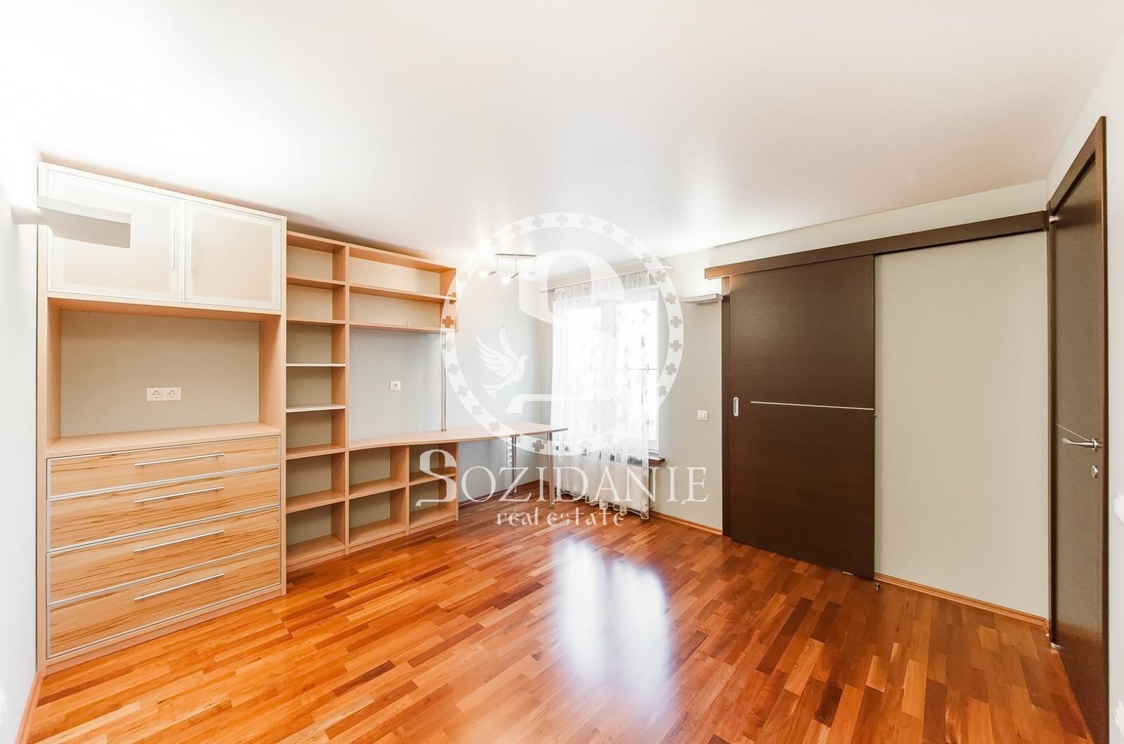 4 Bedrooms, Загородная, Продажа, Listing ID 1386, Московская область, Россия,