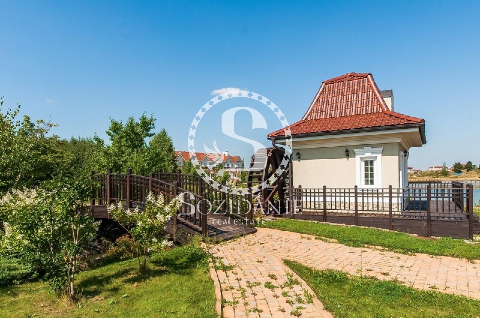 4 Bedrooms, Загородная, Продажа, Listing ID 1421, Московская область, Россия,
