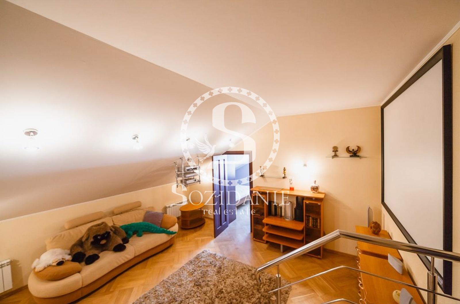 4 Bedrooms, Загородная, Продажа, Listing ID 1430, Московская область, Россия,
