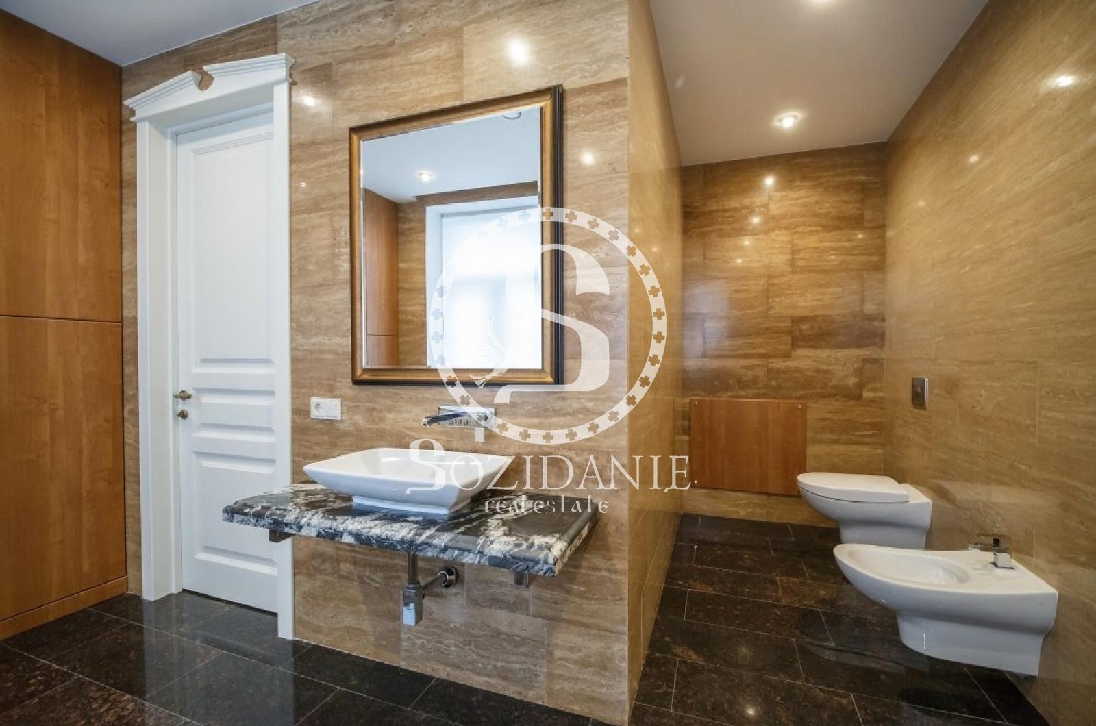 4 Bedrooms, Загородная, Продажа, Listing ID 1502, Московская область, Россия,