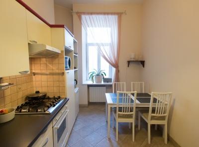 3 Комнаты, Городская, Продажа, Плотников переулок, Listing ID 7058, Москва, Россия,